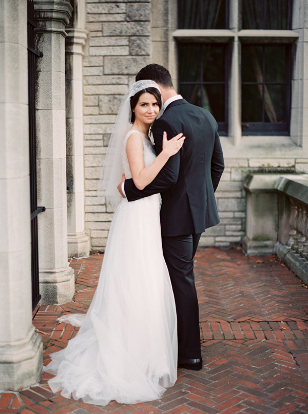 traditional-wedding-veil-tuxedo