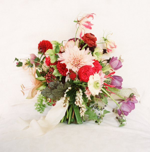 victory-blooms-wedding-bouquet-dutch-masters-bouqet
