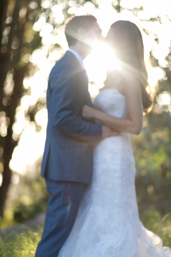 white-big-sur-wedding-ideas