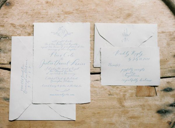 12-organic-blue-white-calligraphy-invitations-abany-bauer