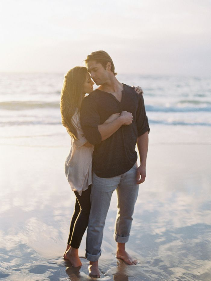 15-beach-engagement-romantic-lauren-balingit