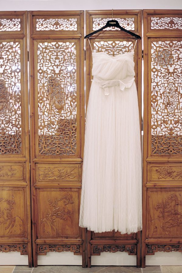 2-britt-chudleigh-wedding-dress