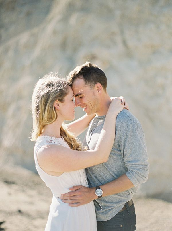 6-cliffside-summer-engagement-kyle-john