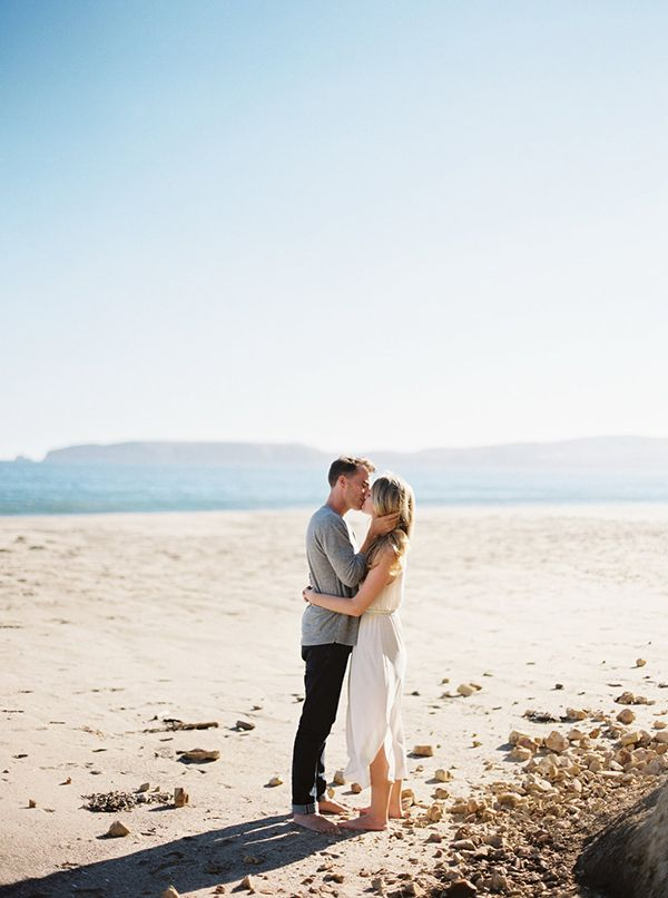 7-beach-summer-engagement-kyle-john