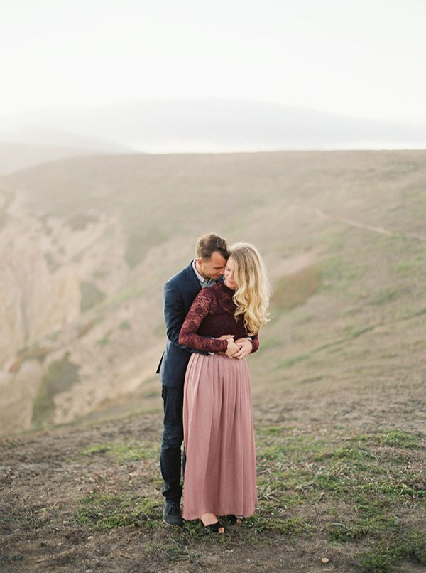 9-romantic-cliffside-engagement-kyle-john