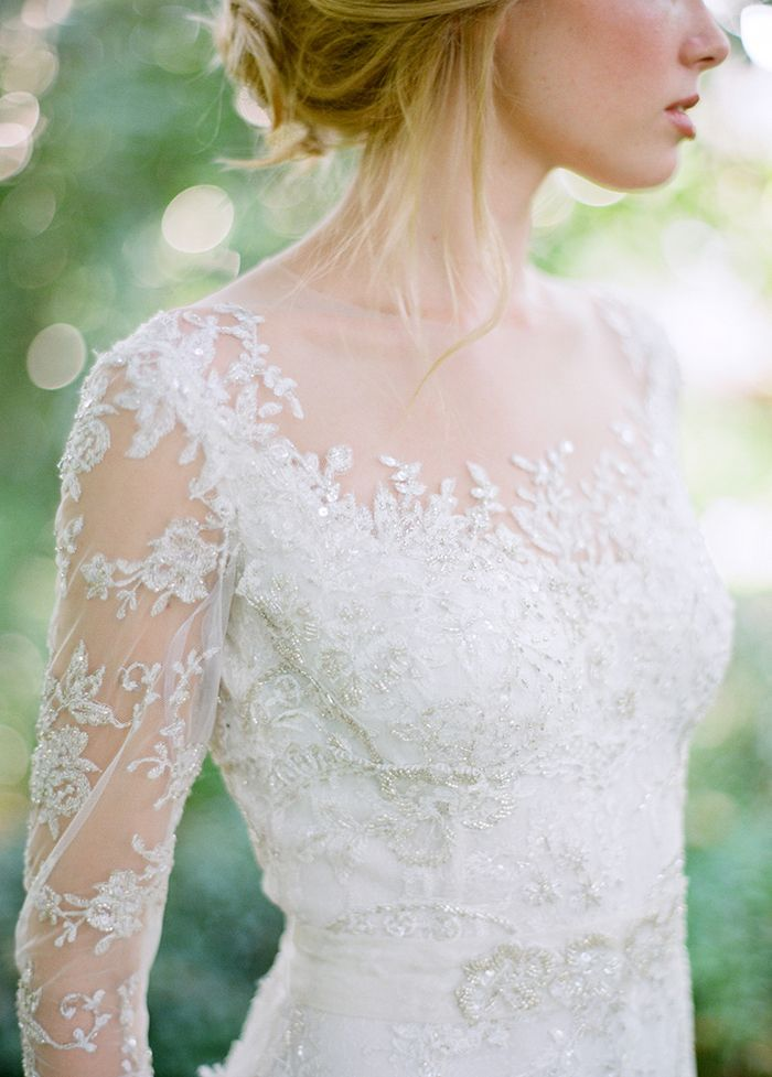 1-lace-wedding-gown-long-sleeve
