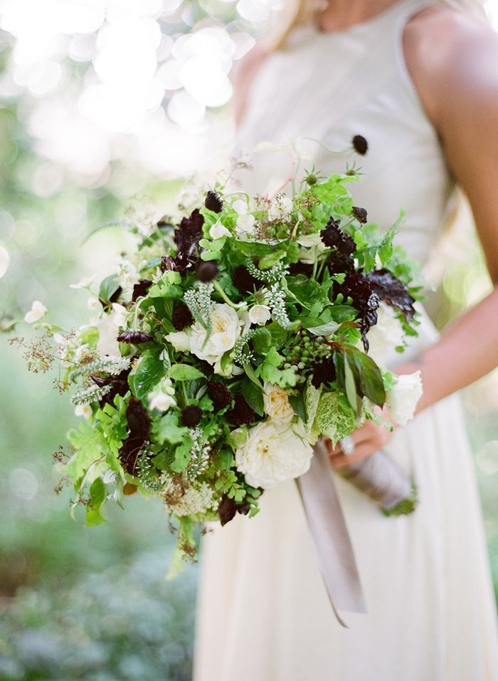 10-green-white-anenome-wedding-bouquet