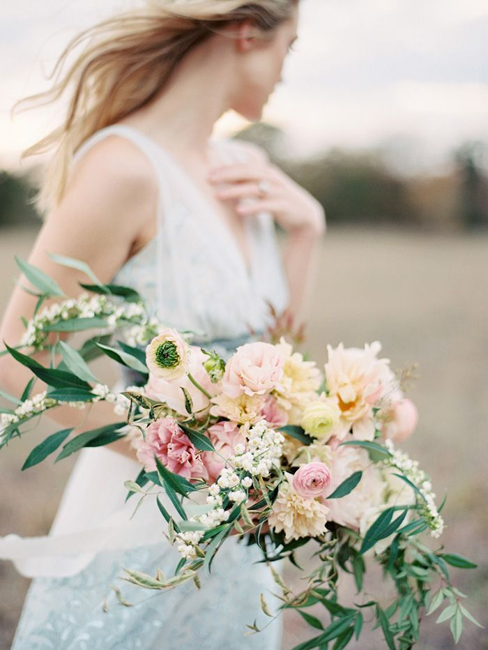 10-spring-wedding-bouquet