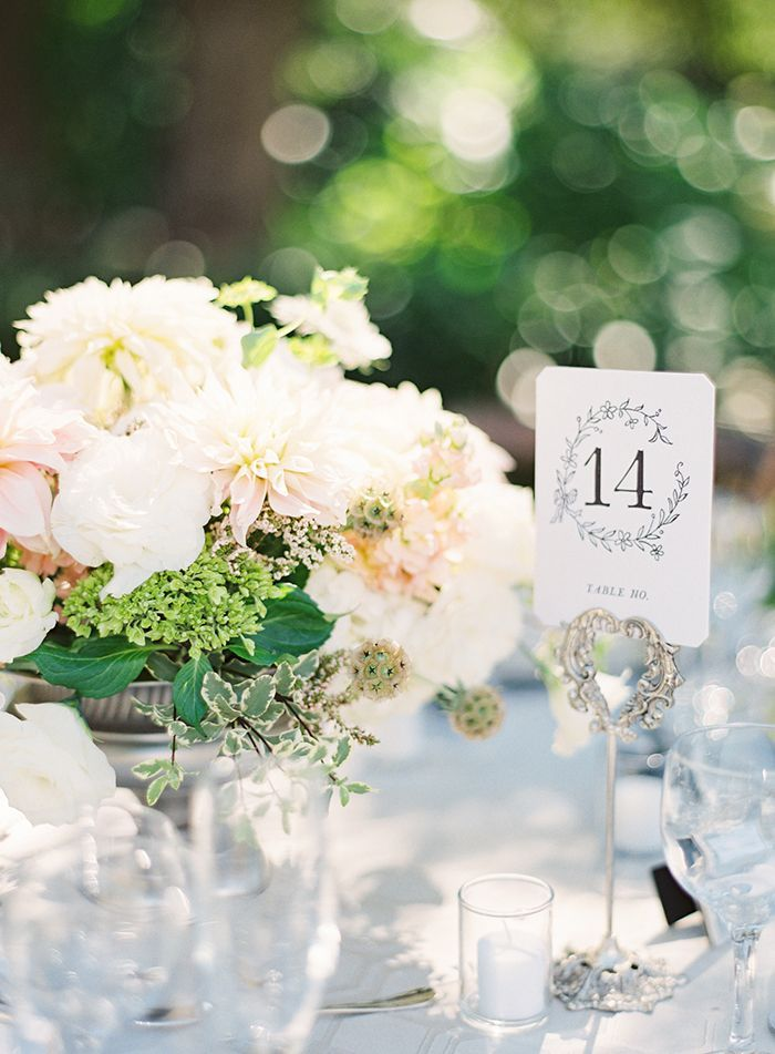 15-dahlia-wedding-centerpiece