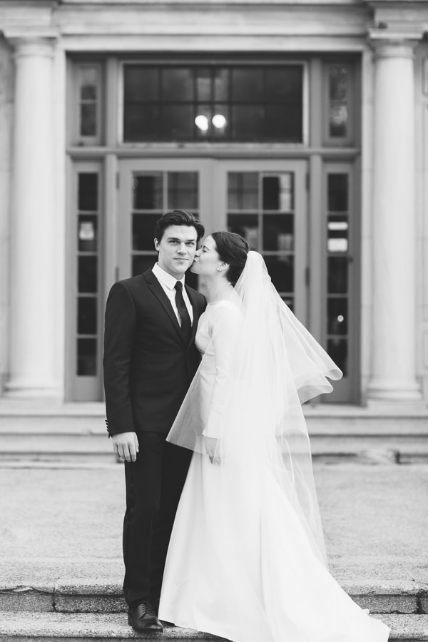 24-black-and-white-wedding-portrait