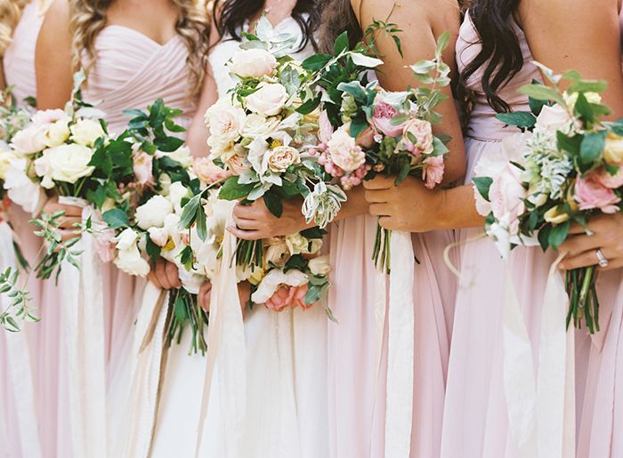24-white-bridesmaid-bouquet