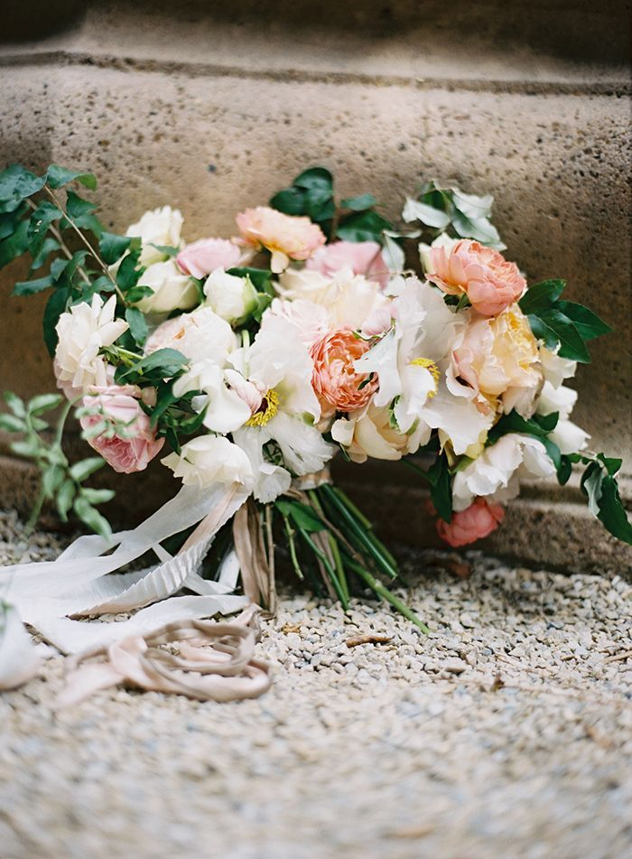 28-garden-wedding-bouquet