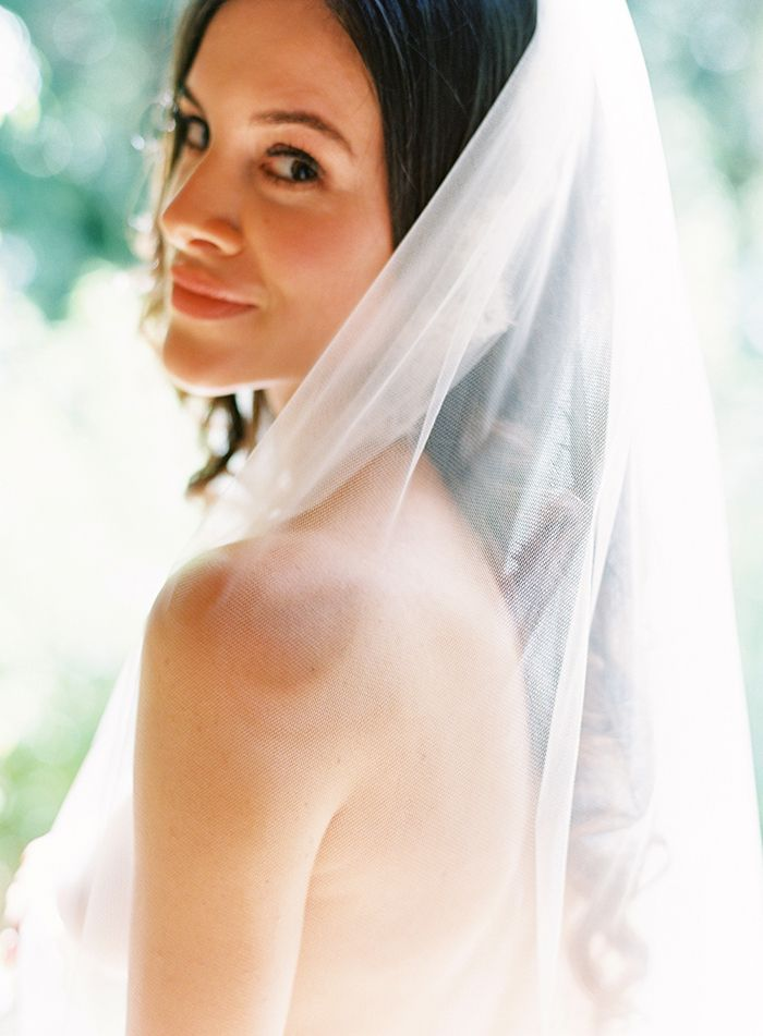 3-romantic-bridal-portrait