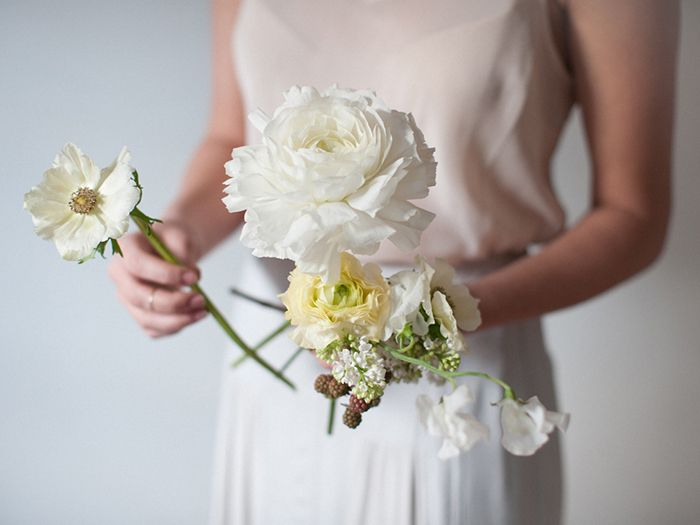 3-white-wedding-bouquet