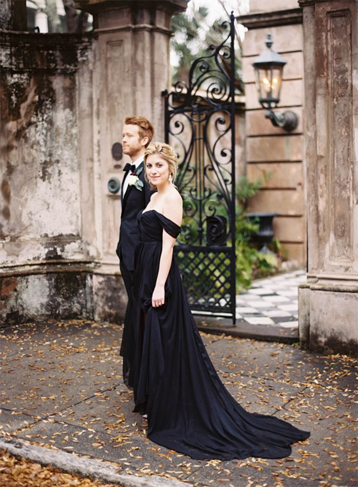10-black-wedding-gown-tec-petaja-photography