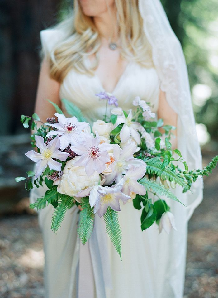 25-purple-white-simple-wedding-bouquet