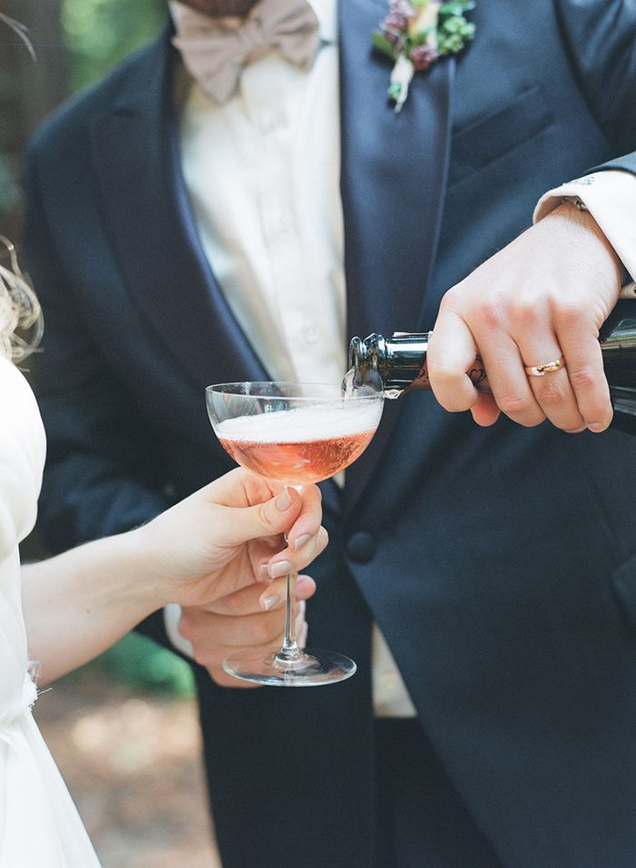 27-wedding-champagne-elizabeth-messina-photography