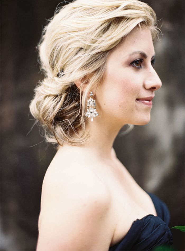3-black-wedding-gown-glam-hair