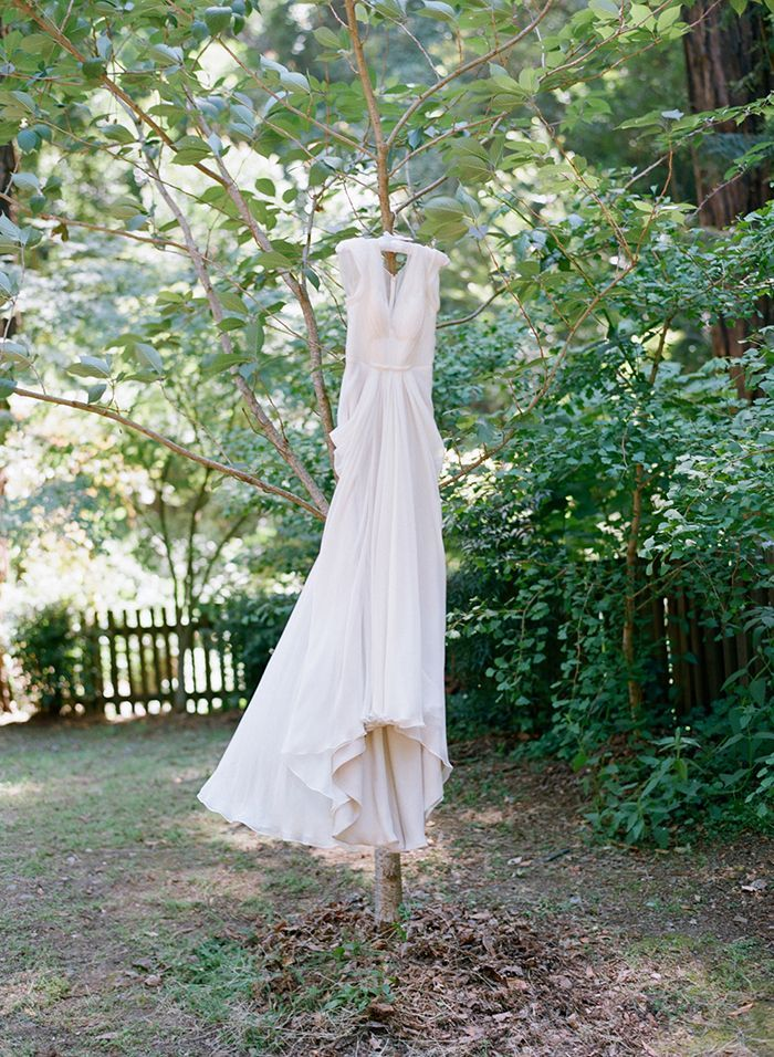 3-elizabeth-messina-wedding-gown