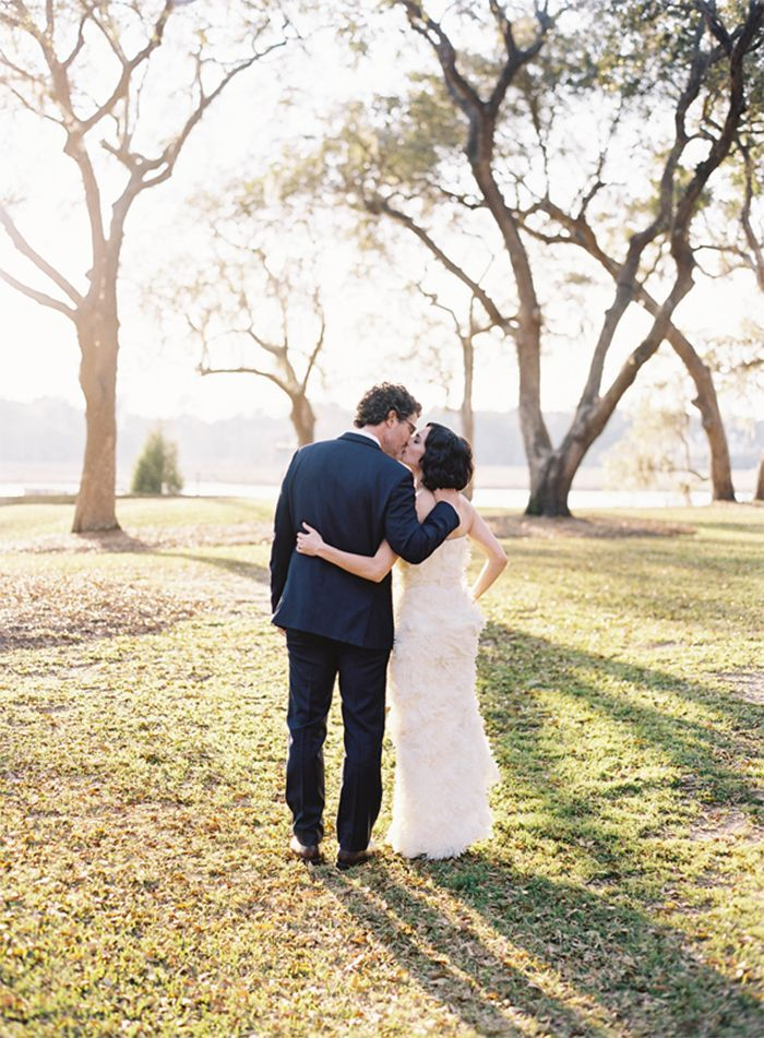 3-river-oaks-charleston-wedding