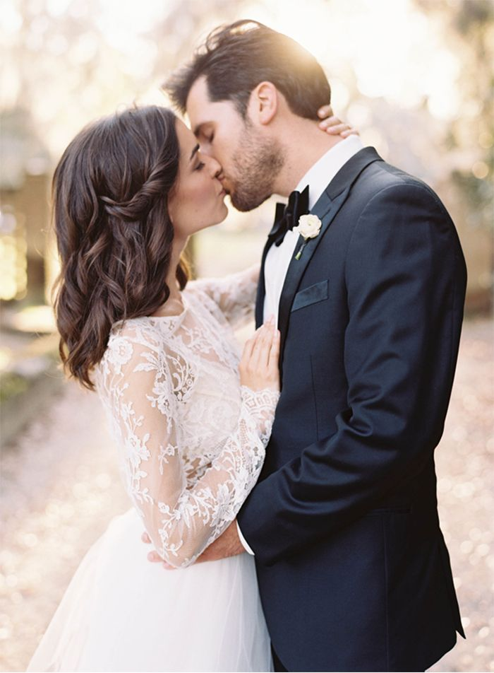 6-romantic-charleston-wedding-lace-gown