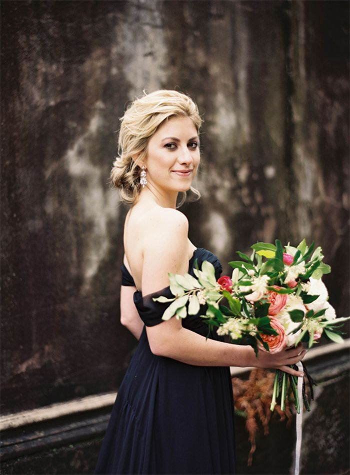 8-elegant-moody-wedding-ranunculus-bouquet