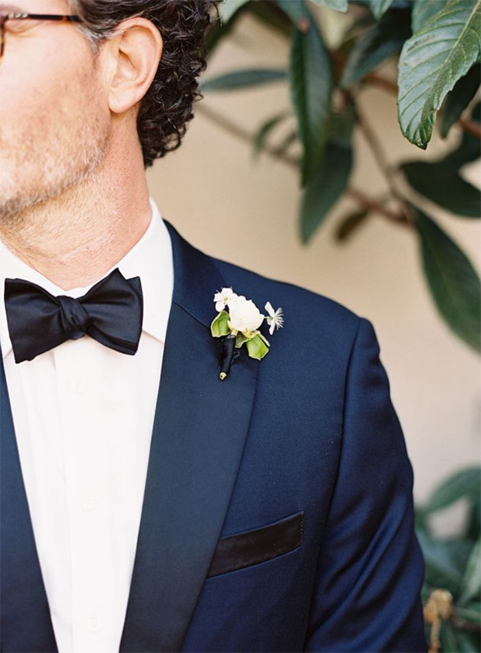 8-navy-tux-charleston-wedding