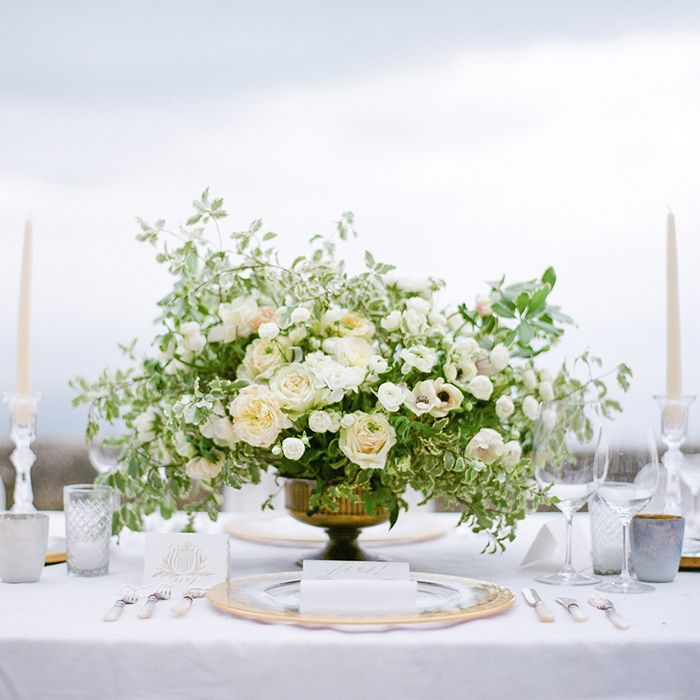 10-joy-proctor-white-rose-centerpiece
