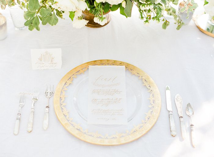 11-gold-white-place-setting-joy-proctor-wedding