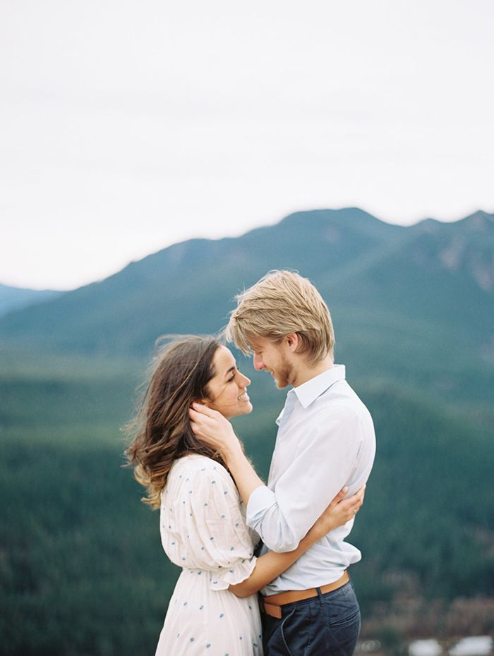 19-engagement-photography-rattlesnake-ridge-jessica-rose