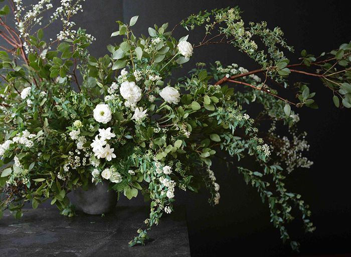 2-white-green-lush-wedding-centerpiece