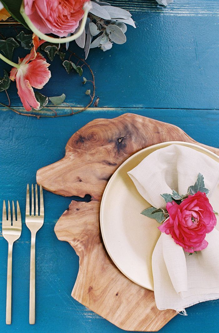 6-blue-wood-pink-wedding