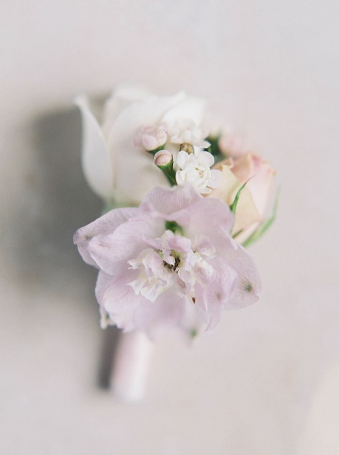 7-purple-white-pink-wedding-flowers