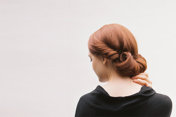 diy-rolled-chignon