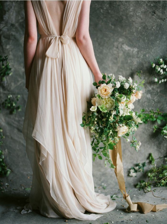 1-soft-spring-wedding-inspiration