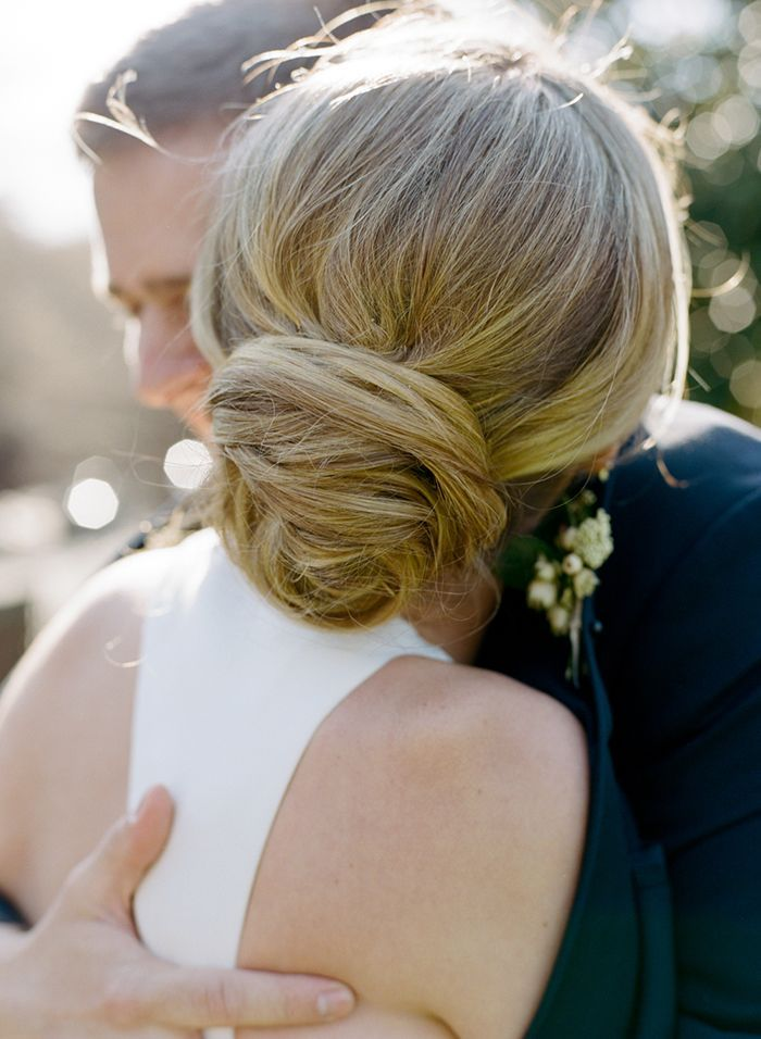 12-romantic-wedding-updo-inspiration