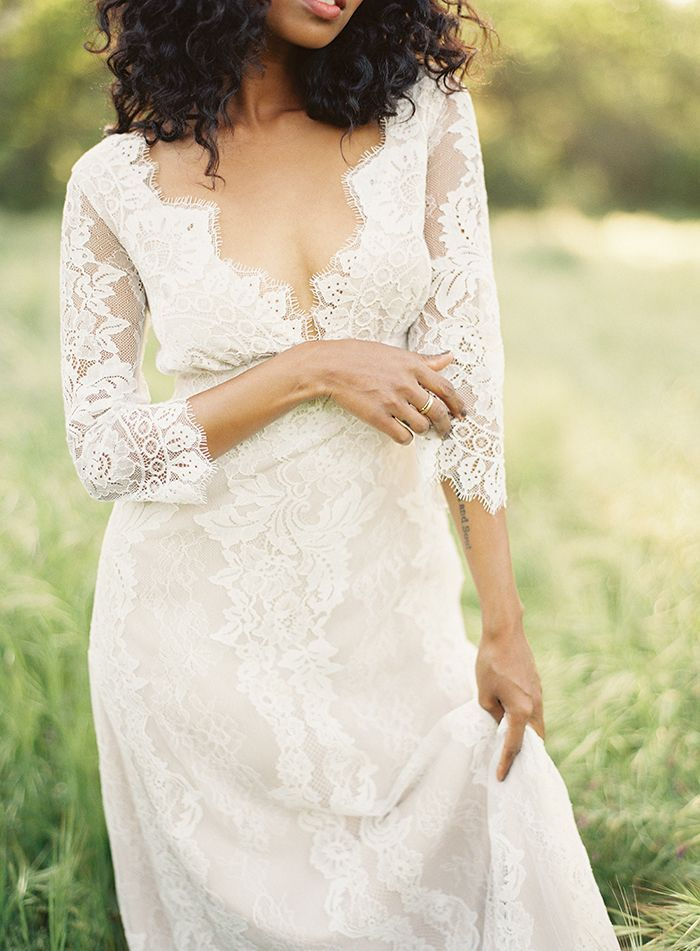16-romantic-lace-wedding-gown