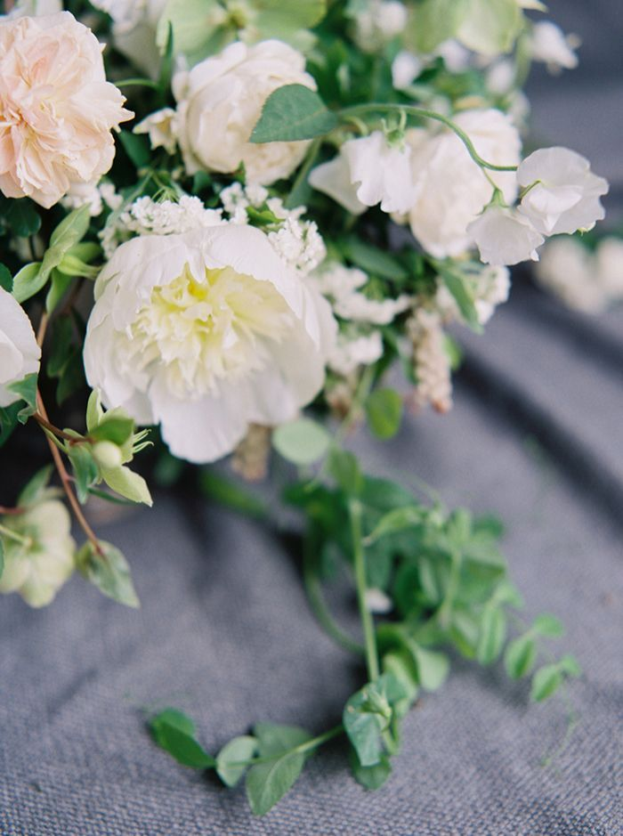 5-green-white-pink-wedding-floral-inspiration