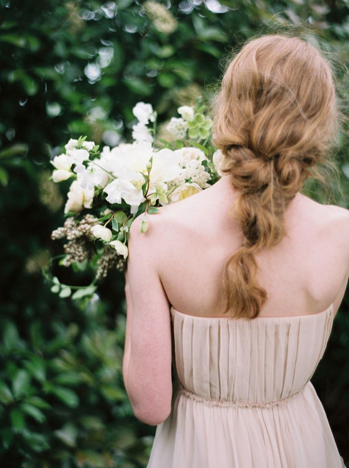 7-messy-braid-updo-wedding-hair-inspiration
