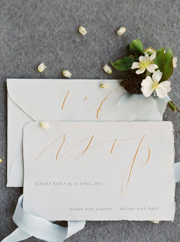 8-delicate-calligraphy-wedding-invitation