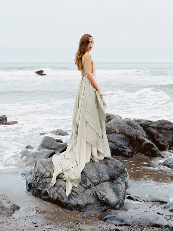 Serene Oceanside Wedding Inspiration
