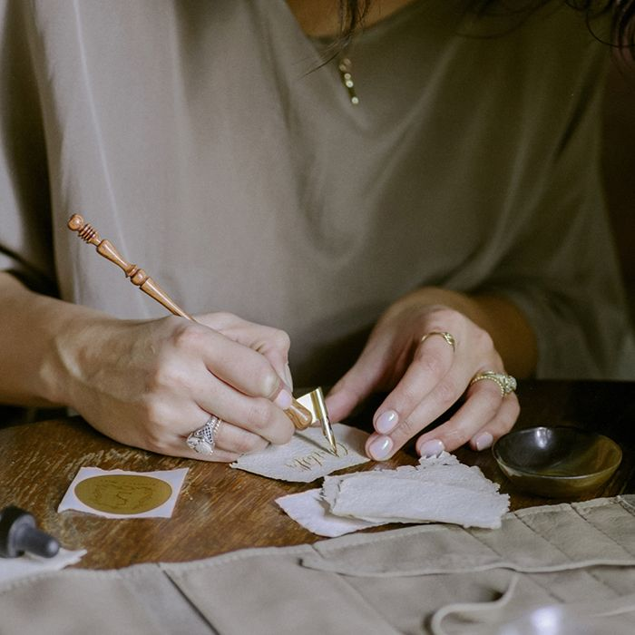 How to work with a calligrapher