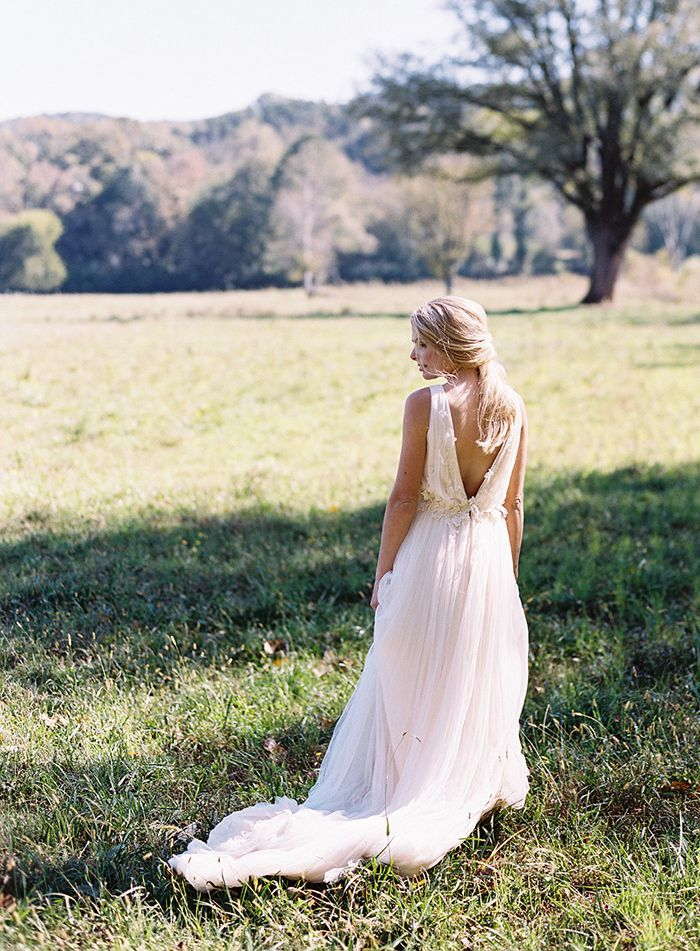 12-flowy-wedding-gown