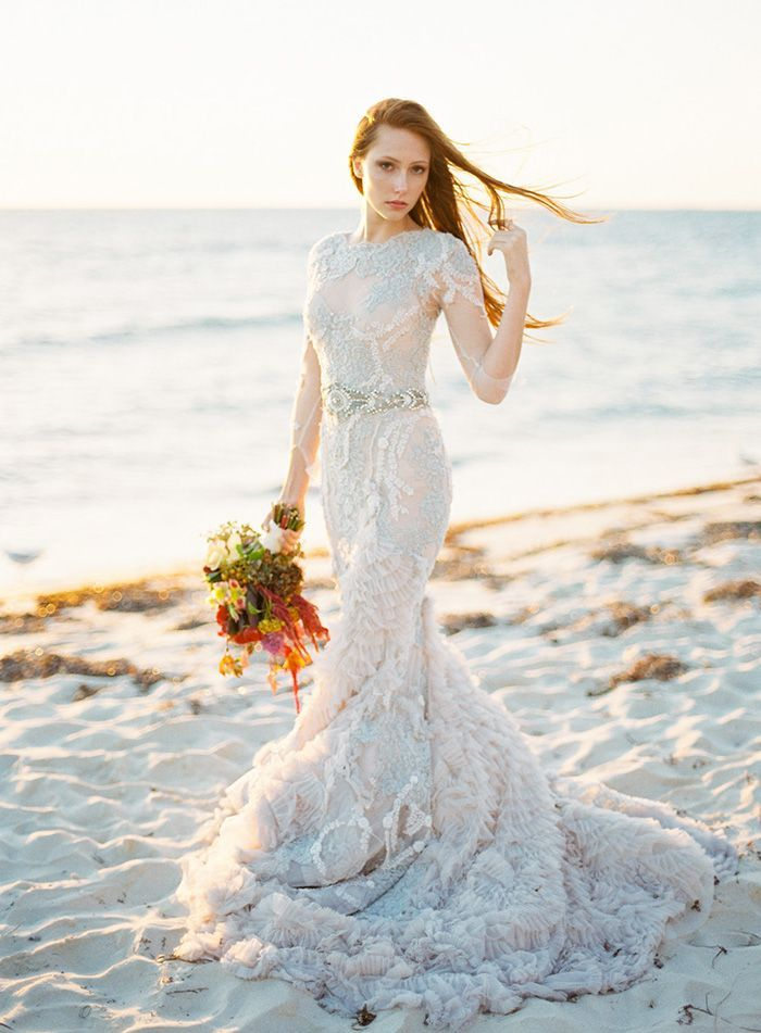 Warm Coastal Wedding Inspiration Wedding Ideas Oncewed Com