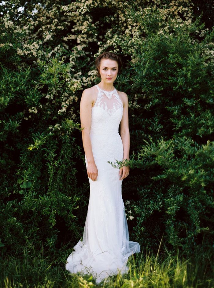 15-halter-lace-wedding-gown