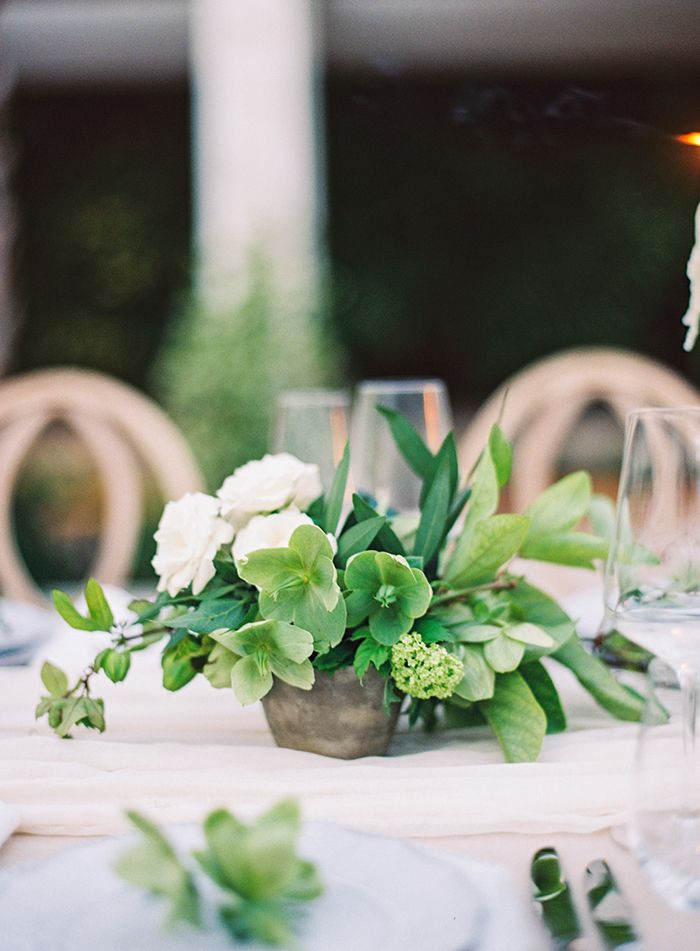 17-organic-green-white-natural-wedding-ideas