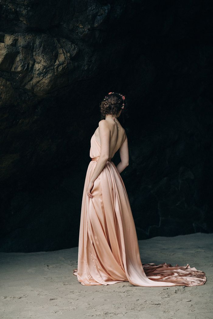 19-unique-pink-wedding-gown