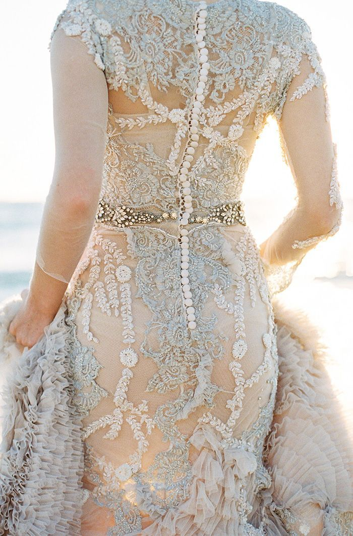 20-glam-vintage-wedding-gown