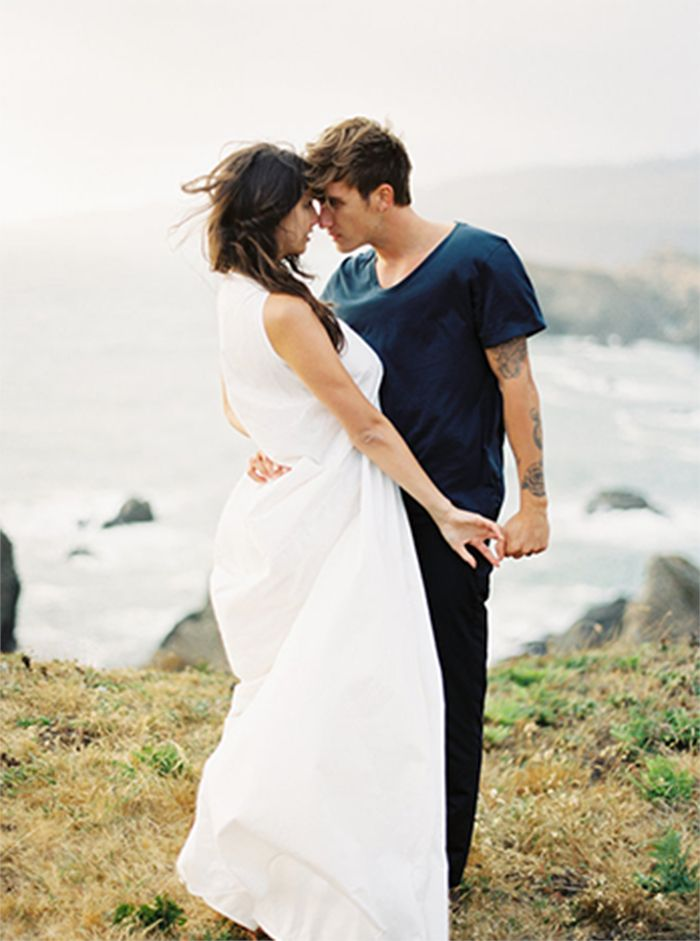 5-windy-beach-engagement-session