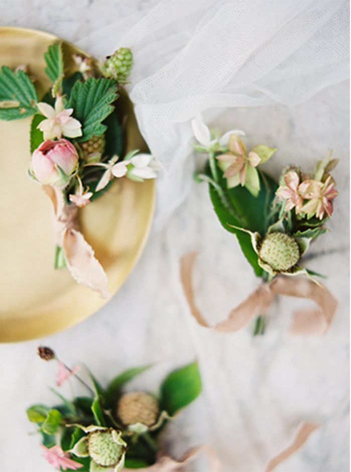 9-pink-green-gold-wedding-inspiration